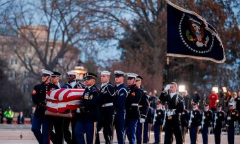 Former President Bush Returns To Washington For Final Farewell – Will Lie In State Until Wednesday