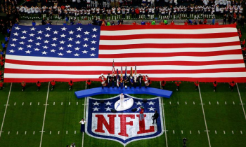NFL'S Ratings Up As National Anthem Controversy Fades