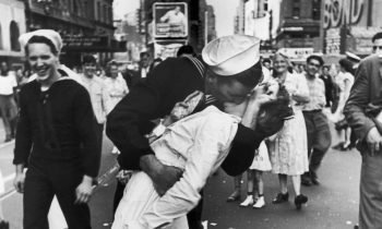 Sailor In Iconic V-J Day Times Square Photo Dies – Kiss Remembered For All Time