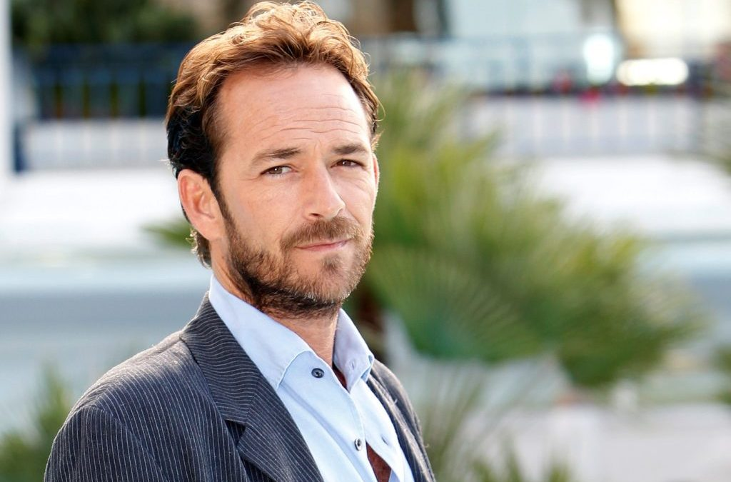 """90210's Luke Perry Dead At 52 – Sen. Sherrod Brown Says The Actor """"Made Ohio Proud"""""""