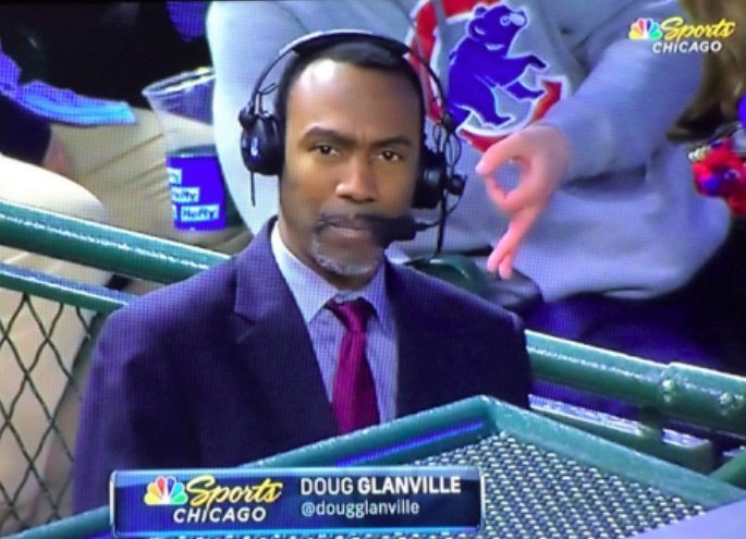Cubs Investigating After Fan Uses Racist Sign Behind Black Reporter