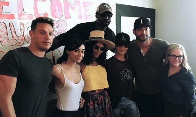 """""""Detective Douche"""" Reveals Cast Learned About LUCIFER's Fate Just Hours Before Fans – """"It's Kind Of Bittersweet"""""""