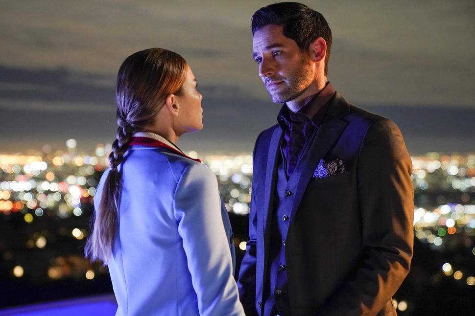First Episode Of Season 5 Could Find Quick REUNION Between Lucifer & Chloe