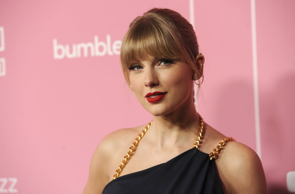 Inherently Good Taylor Swift Donates $1 MILLION To Tennessee Tornado Relief