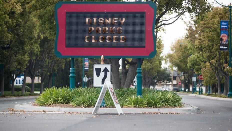 Disneyland & Disney World CLOSED Indefinitely – Employees Paid Through April 18